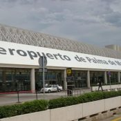 The government wants to change the airport name